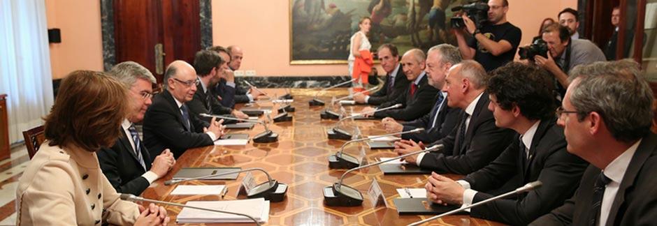 La Comisión Mixta de Concierto Económico cierra las discrepancias y acuerda un nuevo escenario para el quinquenio 2017-20121